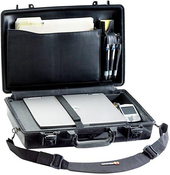 Pelican™ 1490CC1 Laptop Case - Foam Example