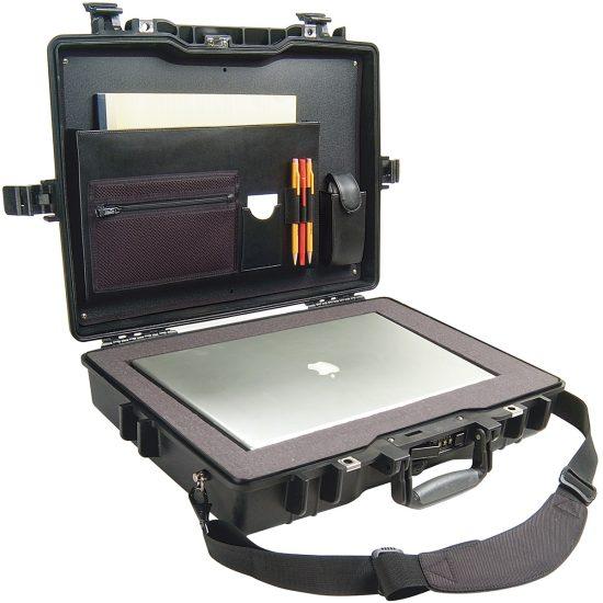 Pelican™ 1495CC2 Laptop Case - Foam Example