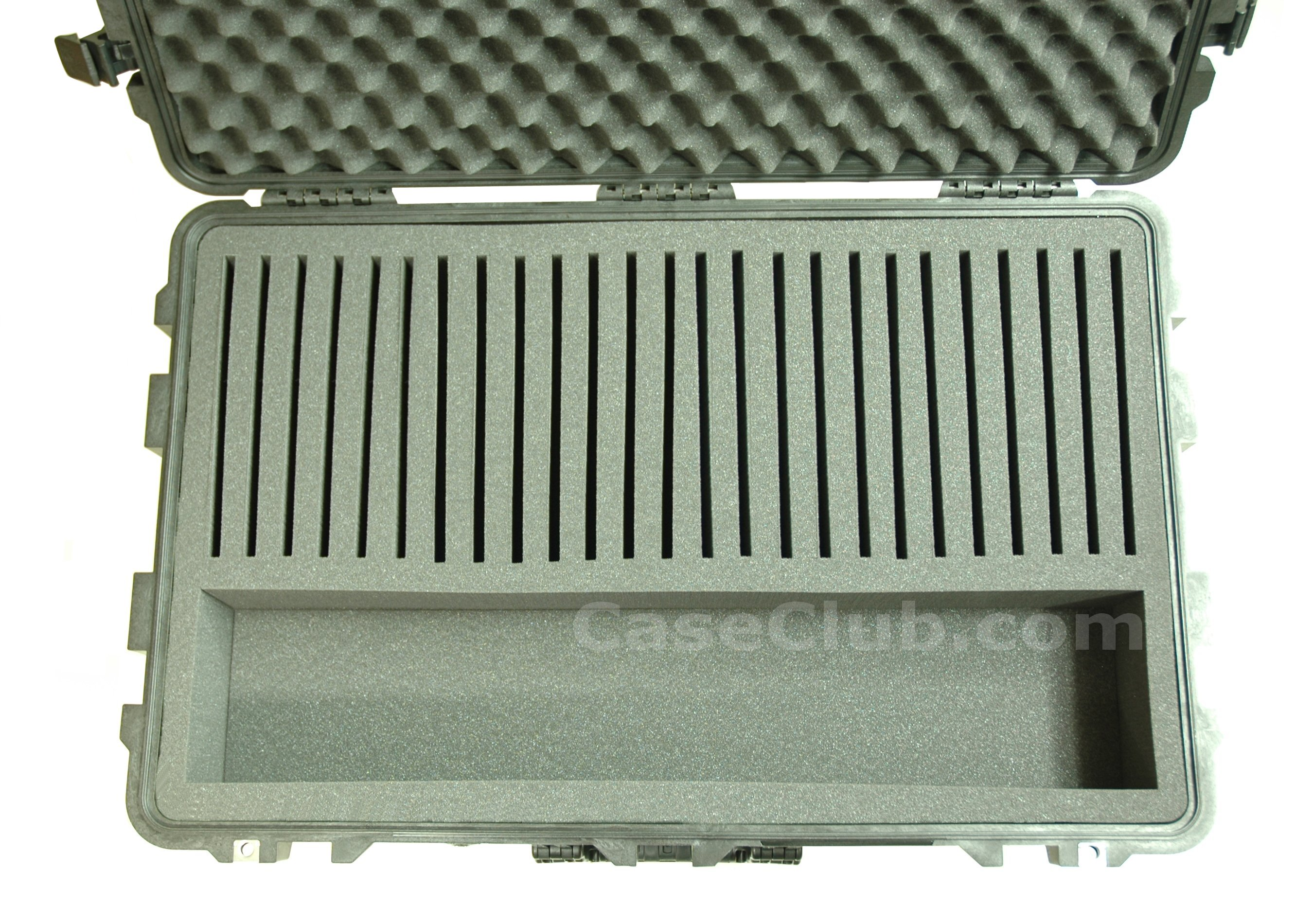 Pelican™ 1650 Case Custom Foam Example: 25 IPad