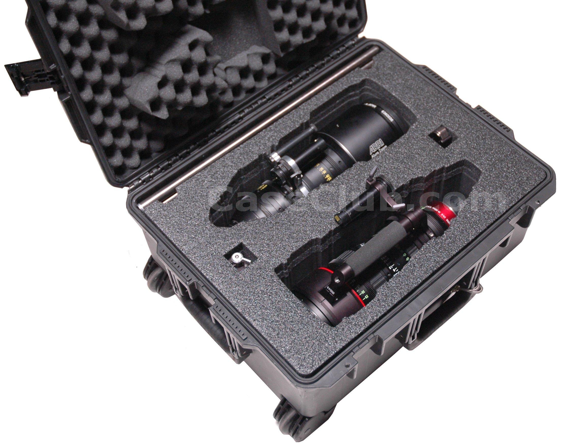 Pelican™ Storm Case™ iM2720 Custom Foam Example: Canon 30-300